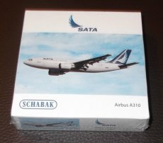 Sata Air Acores Airbus A310 1/600 scale desk model Schabak