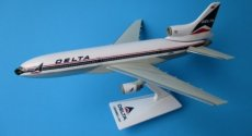 Delta Airlines L-1011 Tristar 1/250 scale desk model Long Prosper