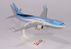 Jetairfly Boeing 737-800 1/200 scale desk model