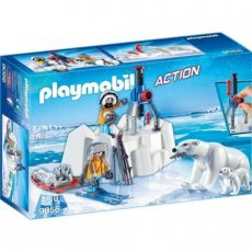 Playmobil Action 9056 - Polar Ranger with Icebears